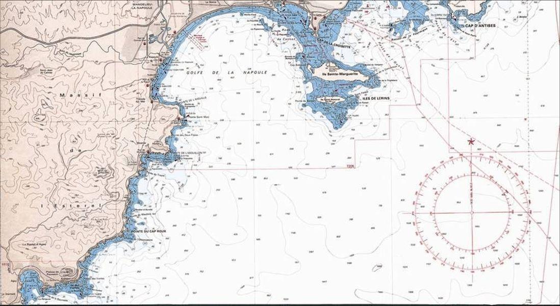 la carte marine la longitude et la latitude le compas de rel vement et la r gle cras. Black Bedroom Furniture Sets. Home Design Ideas